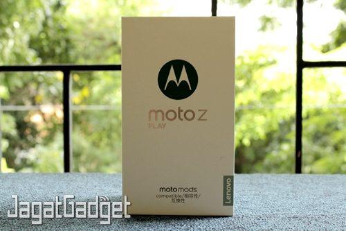 Moto Z Play - 01