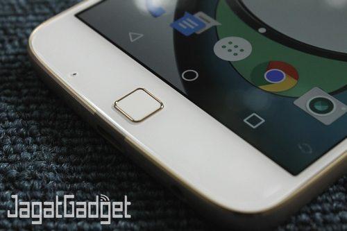 Moto Z Play - 11