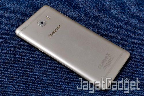 Samsung Galaxy C9 Pro - 04