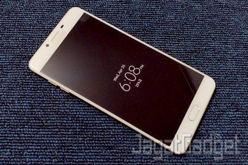 Samsung Galaxy C9 Pro - 12