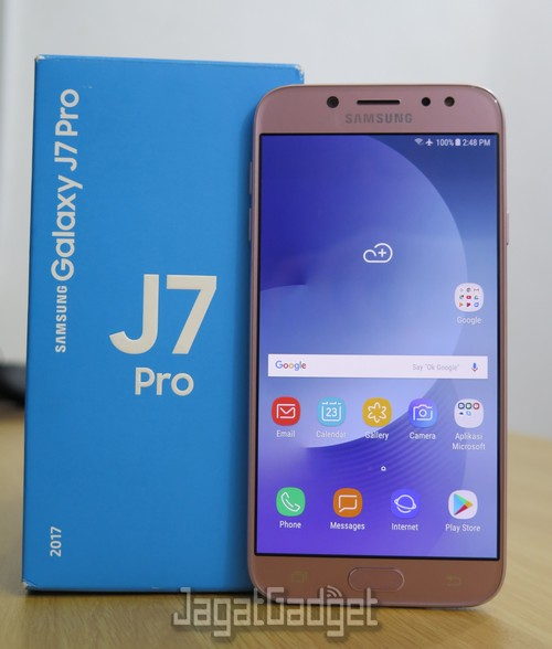 Review Smartphone Android Samsung Galaxy J7 Pro Jagat Gadget