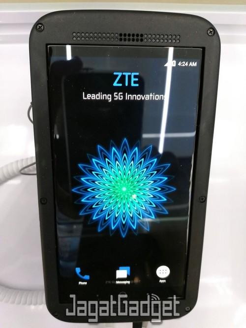 zte 1 gigabit phone 3