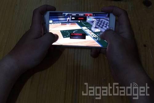 Samsung Galaxy C9 Pro - 22