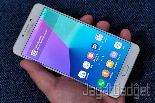 Samsung Galaxy C9 Pro - 23