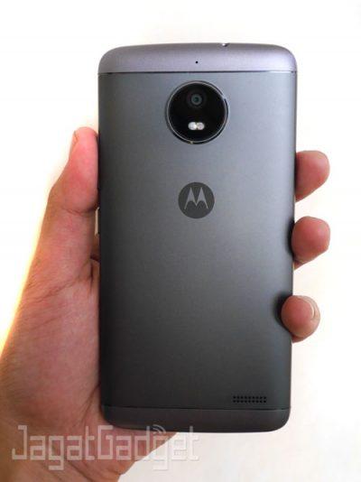 11-Moto-E4