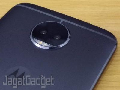 Moto G5s Plus 10