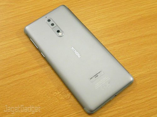 Nokia 8 7