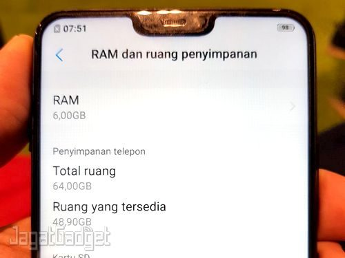 Vivo V9 6 GB 04