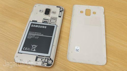 9 Galaxy J7 Duo