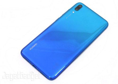 1. Huawei Y7 Pro