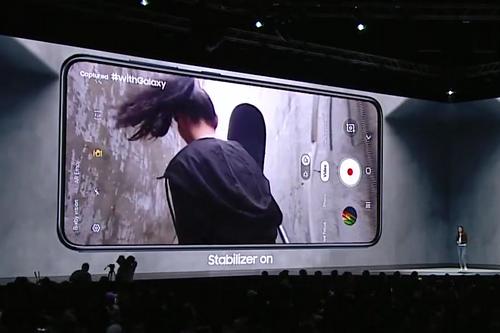 Samsung Galaxy A80 02