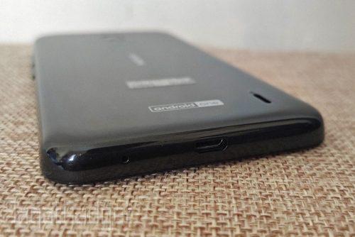 5 Nokia 2.2