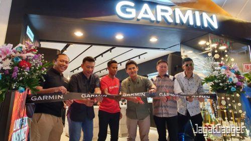 garmin brand store 5