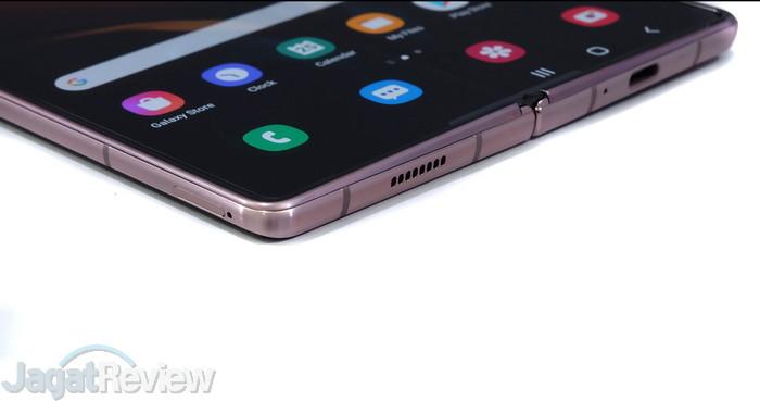 8. Handson Galaxy Z Fold2