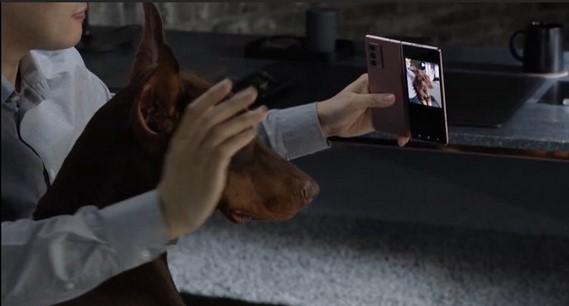 Fitur Unik dan Keren Galaxy Z Fold2
