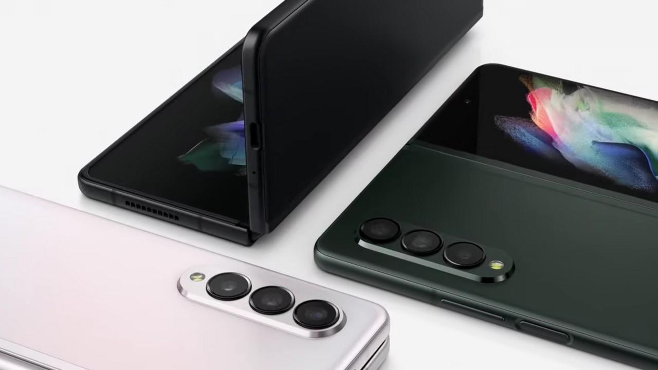 harga dan spesifikasi resmi Samsung Galaxy Z Fold3